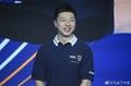 高清:乒乓球奥运冠军马龙休闲装出席活动 笑容灿烂帅气依旧