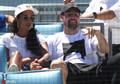 组图:克莱-汤普森似与前女友复合 两人看台热聊观战MLB比赛