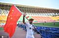 高清:中甲外援场上场下皆戴帽 肩扛国旗尽显对中国的热爱