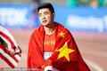 高清:中国骄傲!谢文骏创个人世锦赛最佳 身披国旗庆祝