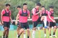 高清:上港积极备战中超联赛 球迷节吸引大批球迷造访