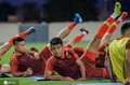 国足迪拜首训:里皮小跑 韦世豪跟教练比心(图)