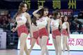 高清:篮球宝贝主场助威主队 露脐装热舞动感十足