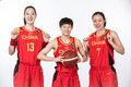 高清:女篮奥预赛官方写真出炉 众将自信满满