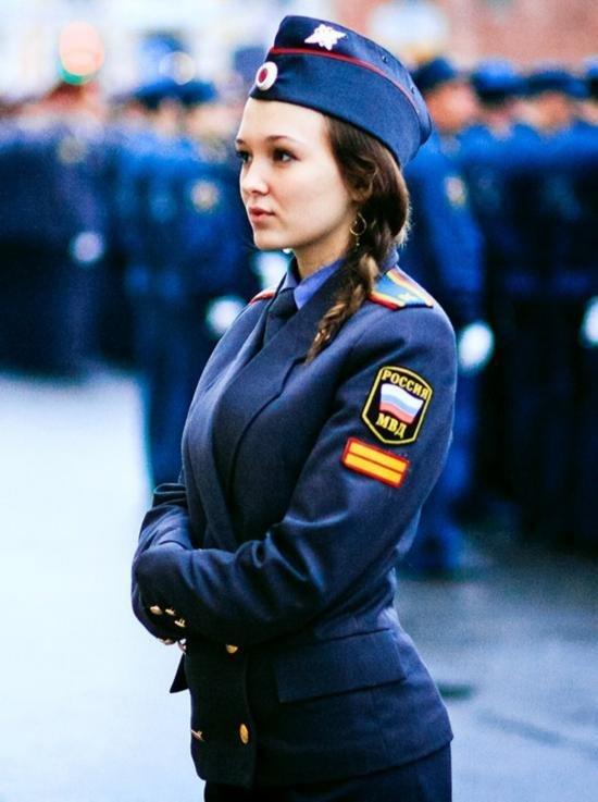 俄罗斯武装部门美女比超模特 - 高山松 - gaoshansong.good 的博客