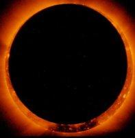 科学家解读令人惊讶的太空日环食图像(组图)
