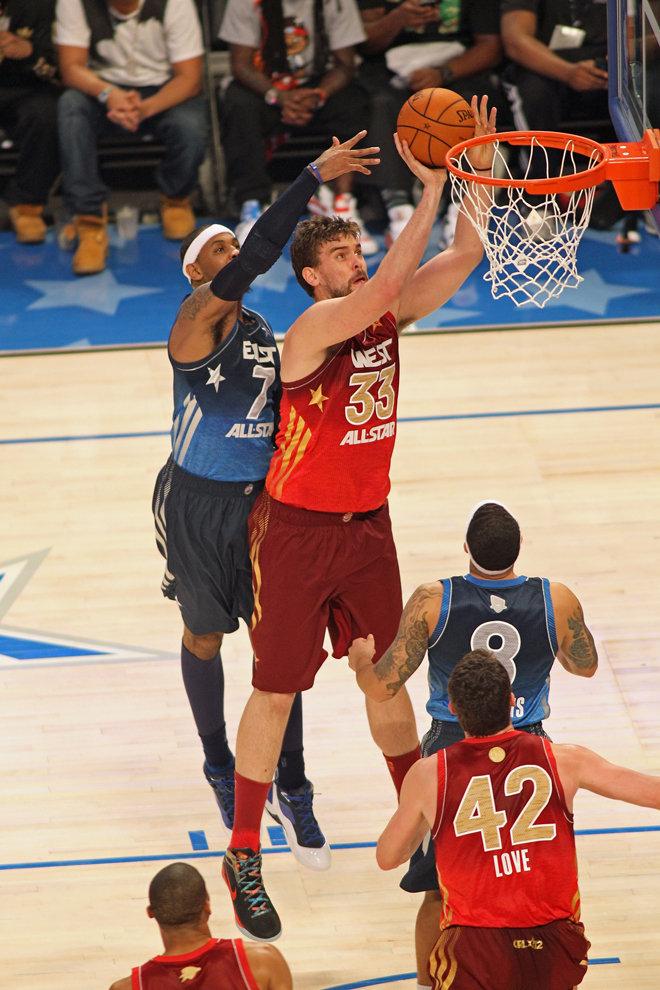 乔丹灌篮篮球明星图片 篮球明星乔丹 qq皮肤篮球明星乔丹图片