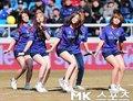 韩国女子偶像秀美腿
