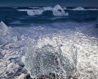 组图:冰岛冰川美景犹如爱尔兰巨人岬风光