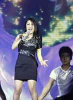 李雨儿演唱《梦飞翔》