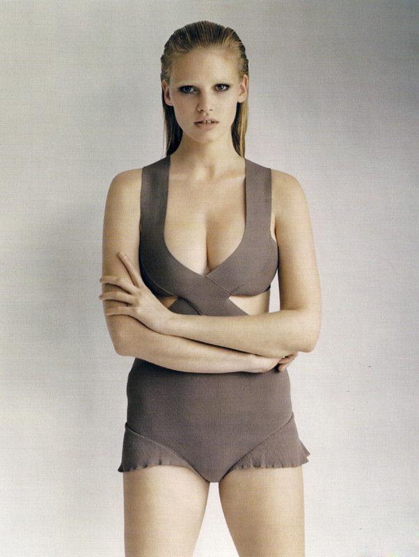英女性眼中十大完美酥胸女星排行榜