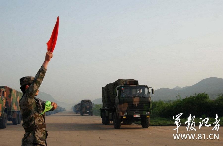 红旗9导弹旅实弹训练(组图)