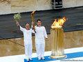 奥运圣火交接仪式举行
