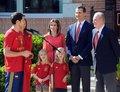 西班牙凯旋回国