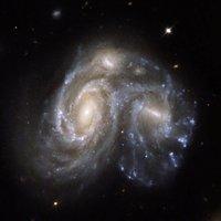 """高清组图:宇宙中震撼的""""星系碰撞""""景象"""