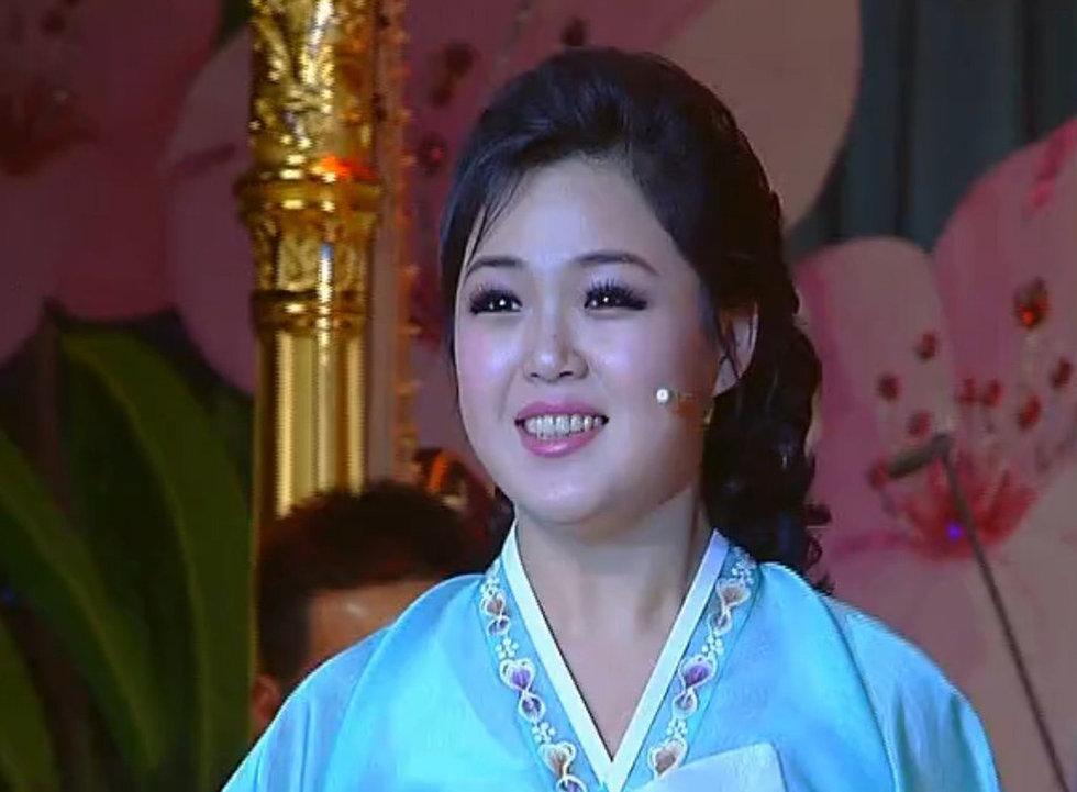 高清:朝鲜证实金正恩已婚 妻子李雪主为歌手