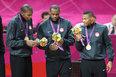 高清:美国男篮成功卫冕 登领奖台享王者时刻