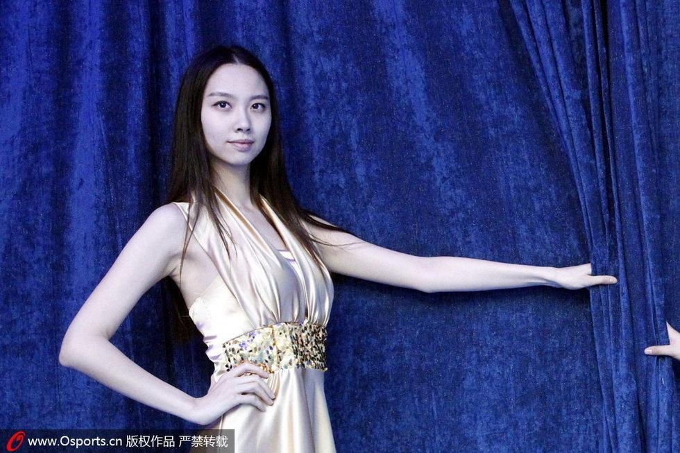 高清:中网公开赛美女礼仪气质出众