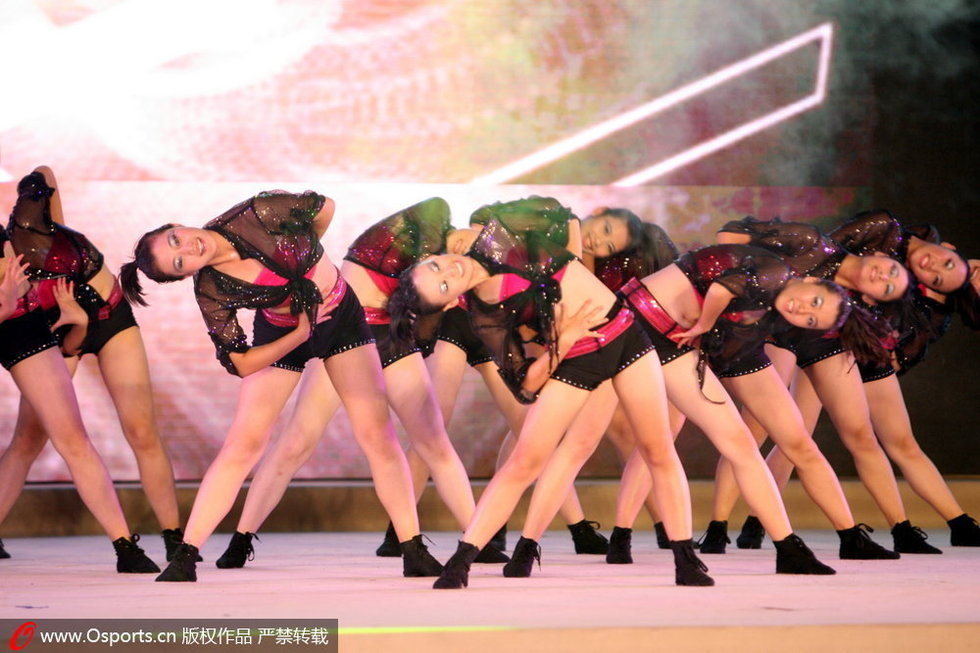 美女选手激情炫舞