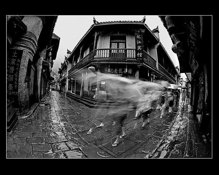 古城烟雨(组3)-施子飞