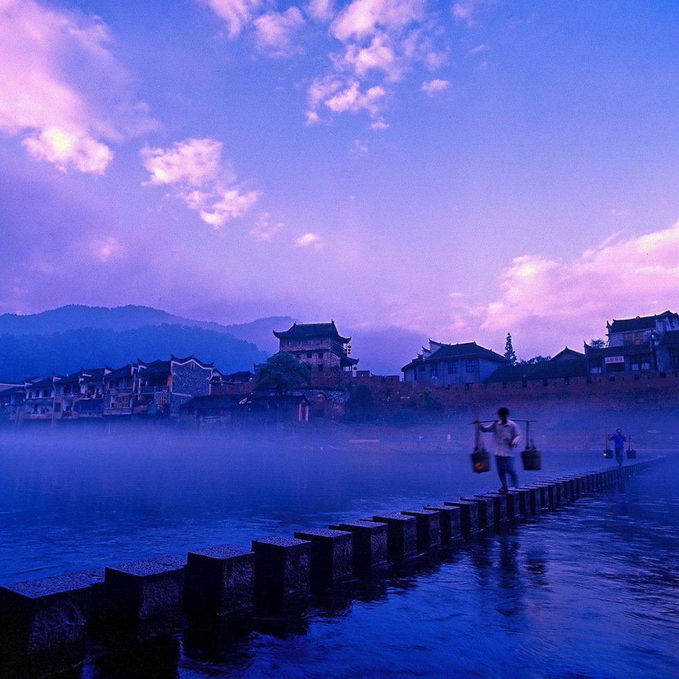 最美丽的小城(组2)-贺东元