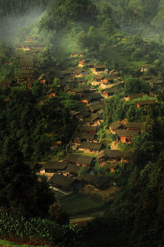 苗乡瓦屋—保靖县夯吉村民居写真-彭让图