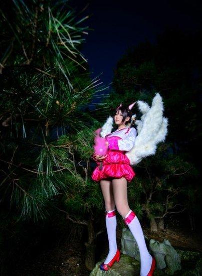 粉色系的诱惑 LOL九尾妖狐超精美邪魅COS赏