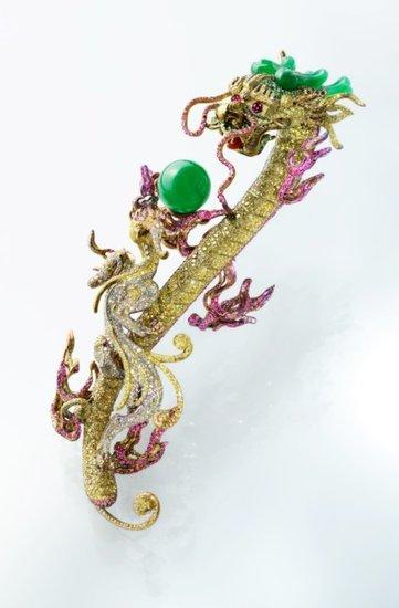 红宝石、彩钻,龙的传说深深植根于中国传统文化.《易经》有云: