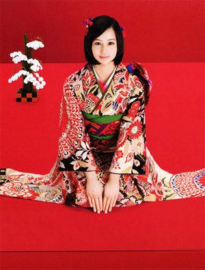 本和服是日本的民族传统服饰.在中国,并不是每个女人都喜欢旗图片