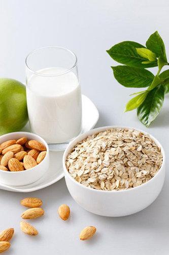 6.麦片有人发现,早餐中纤维含量高的话,就不会有饥肠辘辘的感觉.