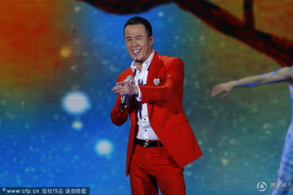 歌曲《一辈子朋友》(表演者:杨坤、张靓颖)-高清 央视蛇年春晚现图片