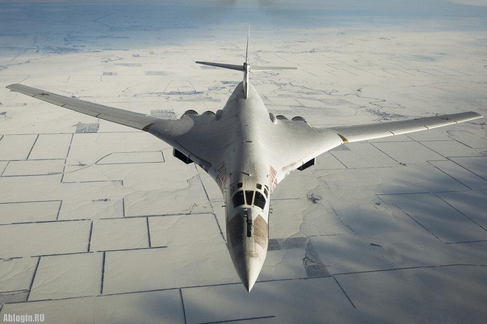 B-2隐形战略轰炸机绰号幽灵英语Spirit