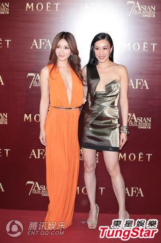 亚洲电影大奖红毯看点足 女星低胸比谁圆