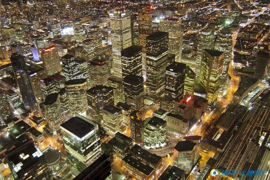 随着城市规模的扩大,资源枯竭、环境污染和生态失衡等诸多问题也
