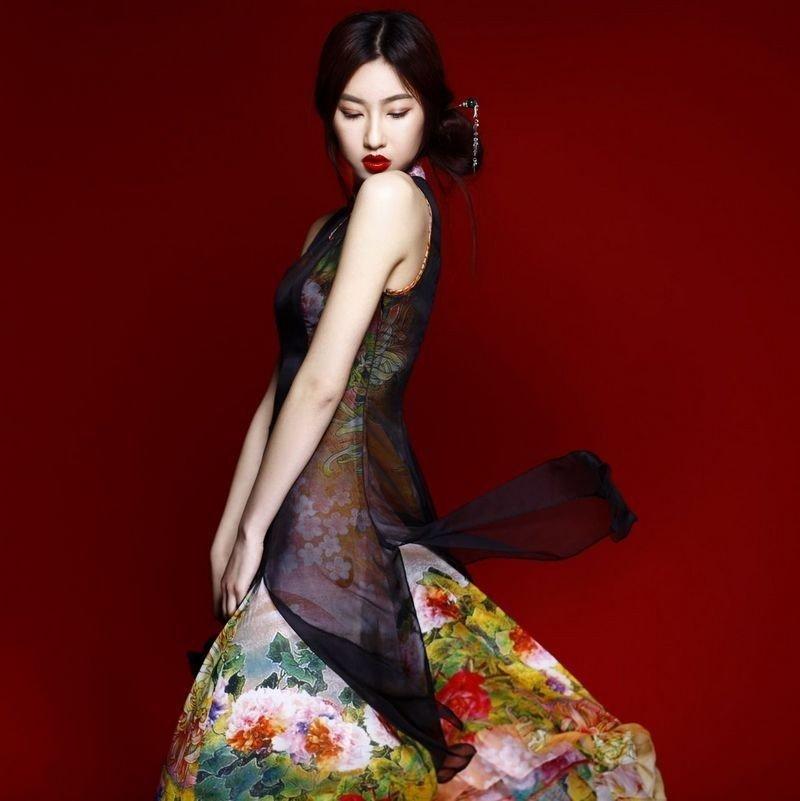 做一个旗袍美女 中式媳妇时尚魅力