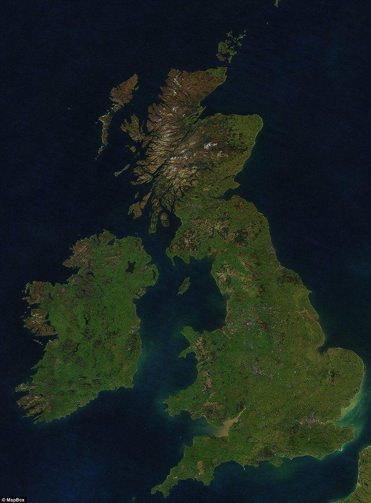 33万张地球航拍照片合成高清晰无云地图集