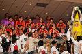 高清:NBA总决赛首场打响 西班牙男足观战