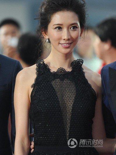最近电影《富春山居图》定于6月9日全国公映后,片中两大女主角林图片