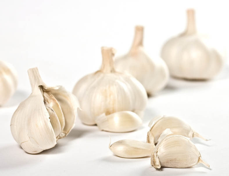 大蒜抑制霉菌感染.研究发现,大蒜素是大蒜中的一种特殊物质,对霉