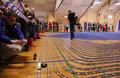 男子9万块积木拼出4000米玩具铁轨