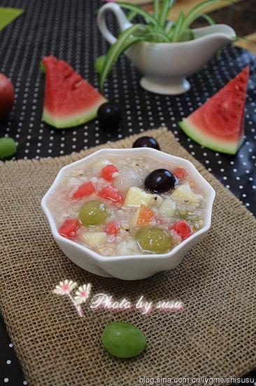 花样水果薏米冰粥:炎热的夏季来一碗