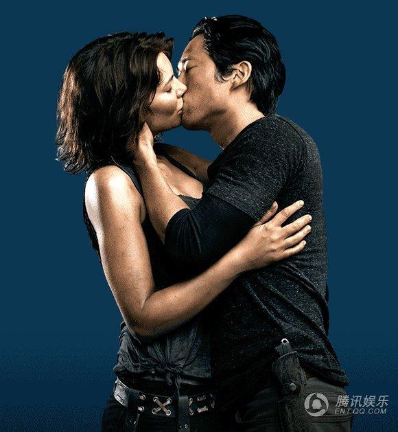 《行尸走肉》最新宣传照 格伦玛姬激情热吻 热