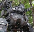 组图:牛人用卡车打造的机动装甲