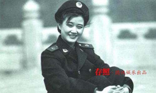 中国人民解放军海政歌舞团,成为国家一级演员.-宋祖英升任海政文
