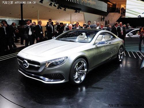 成为奔驰量产车系中最豪华的双门轿跑车型.未来奔驰S级Coupe将