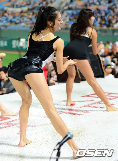 韩棒球啦啦队性感热舞
