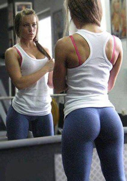 美女自晒健身照片 性感腹肌秀s形曲线