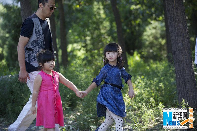 高清 田亮女儿上电视节目 小萝莉飙戏林志颖高清图片