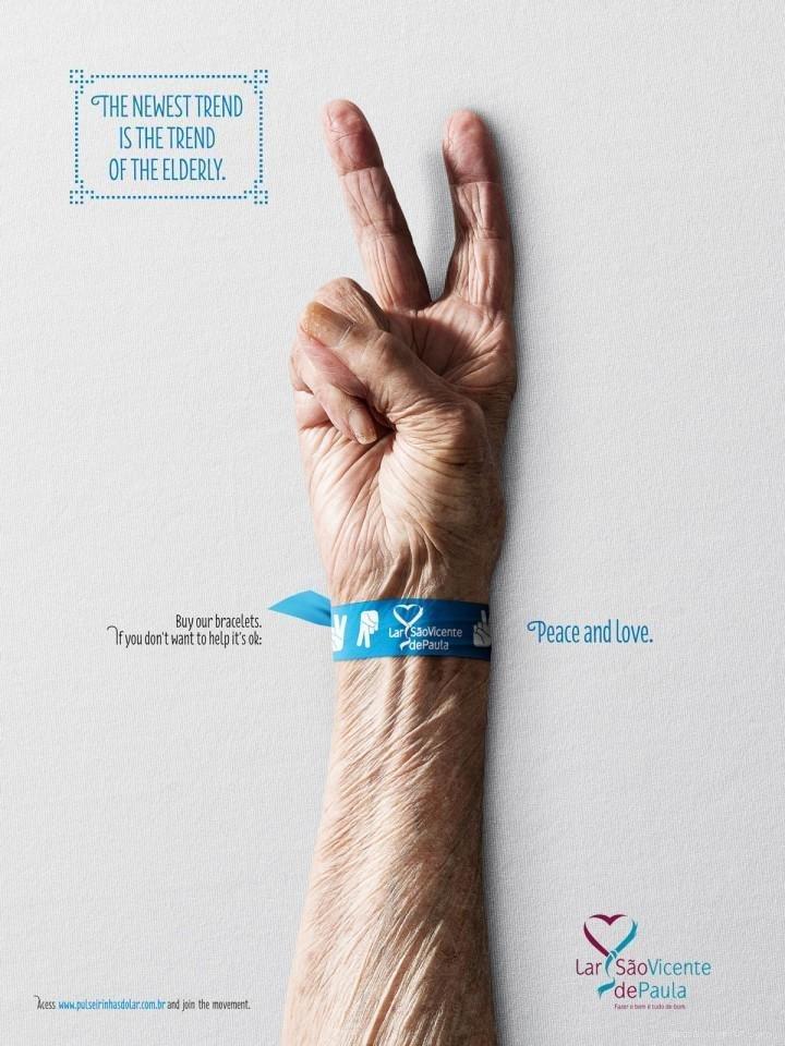 葡萄牙助老组织公益广告 手环传递爱图片