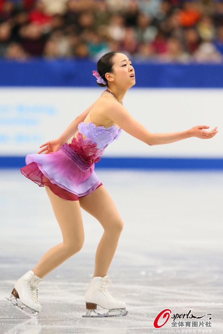 2013年12月23日,2013年日本花样滑冰锦标赛第3日,浅田真央领衔出战.
